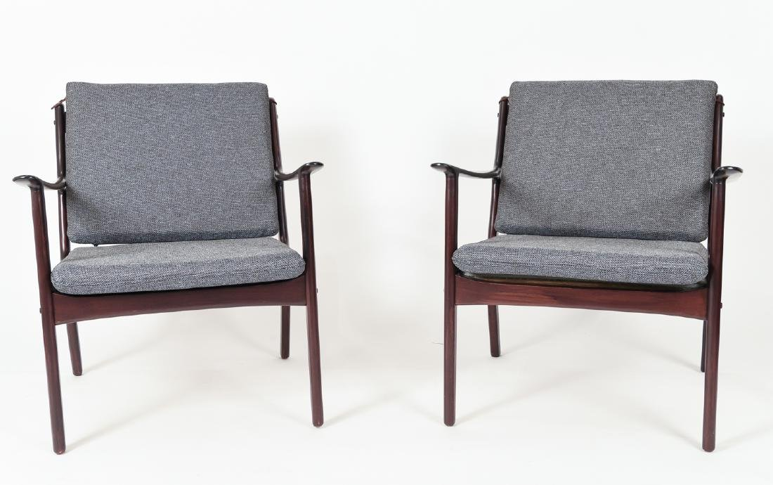 PAIR OF OLE WANSCHER MODEL PJ112 EASY CHAIRS