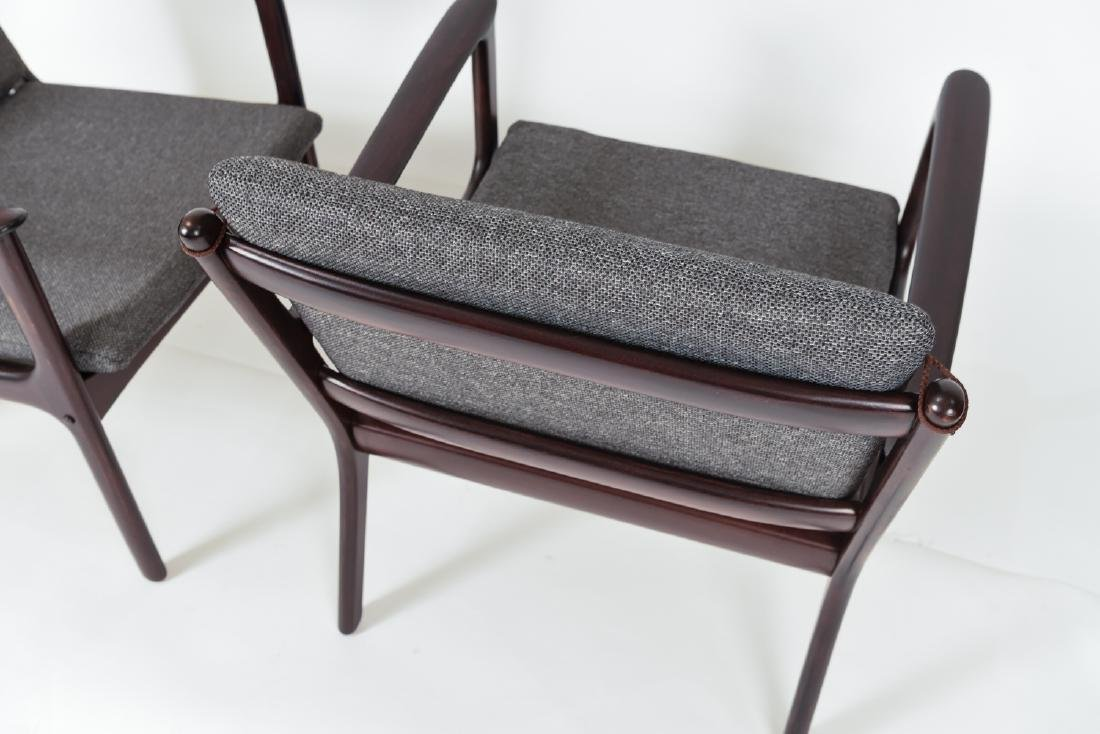 PAIR OF OLE WANSCHER MODEL PJ112 EASY CHAIRS - 8