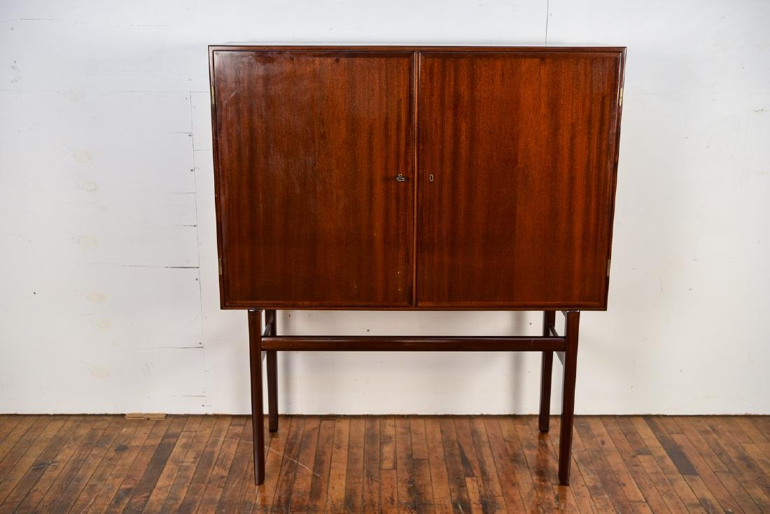 OLE WANSCHER FOR POUL JEPPESEN HIGHBOARD