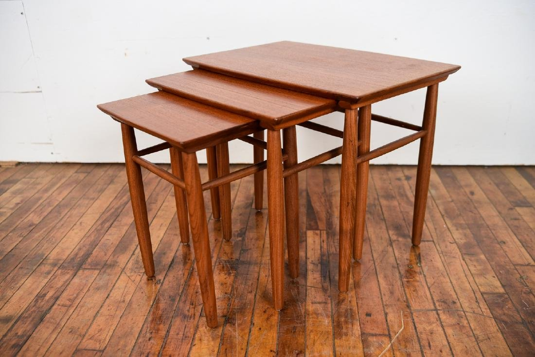 SET OF (3) DANISH TEAK NESTING TABLES