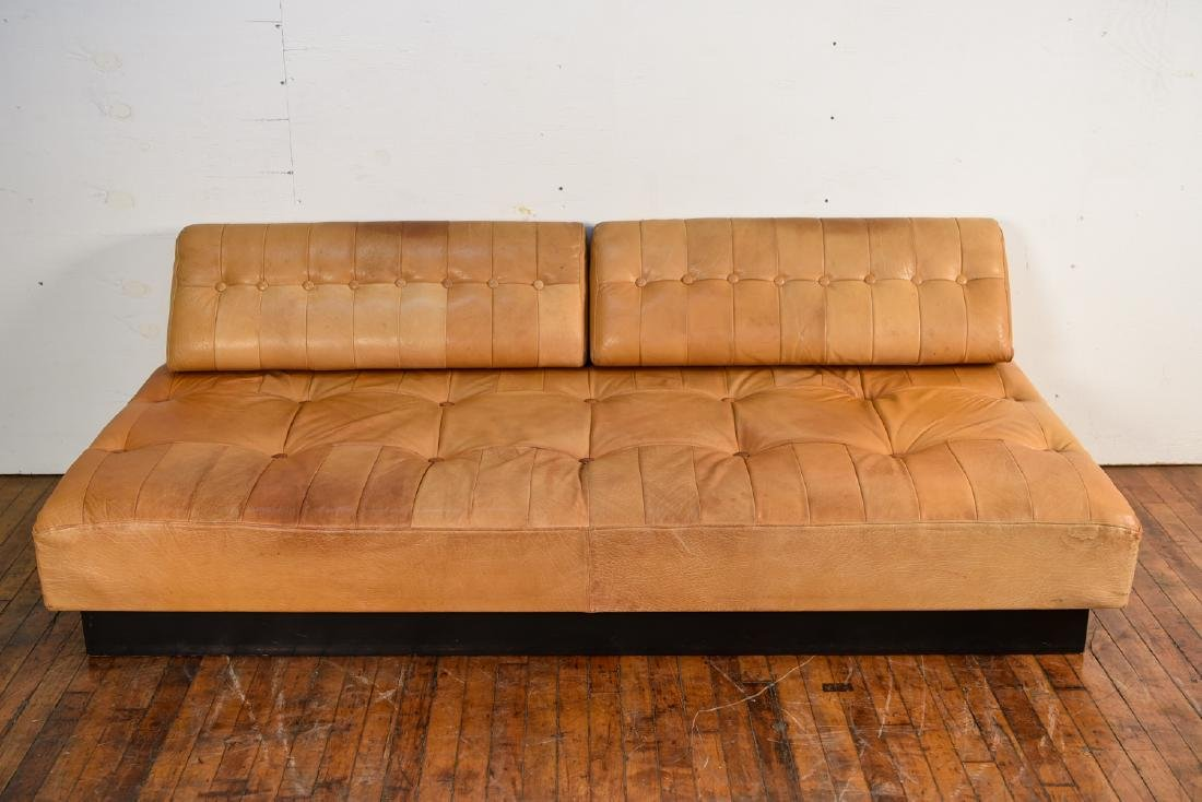 DE SEDE STYLE DANISH LEATHER SOFA / DAYBED