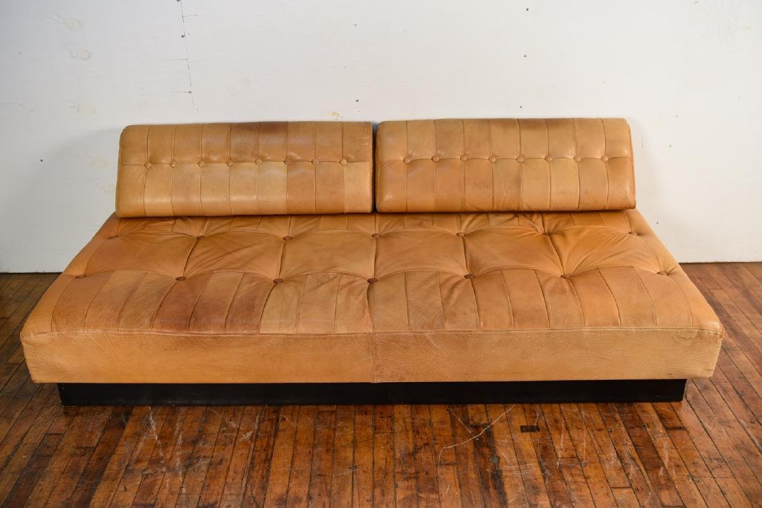 DE SEDE STYLE DANISH LEATHER SOFA / DAYBED - 3