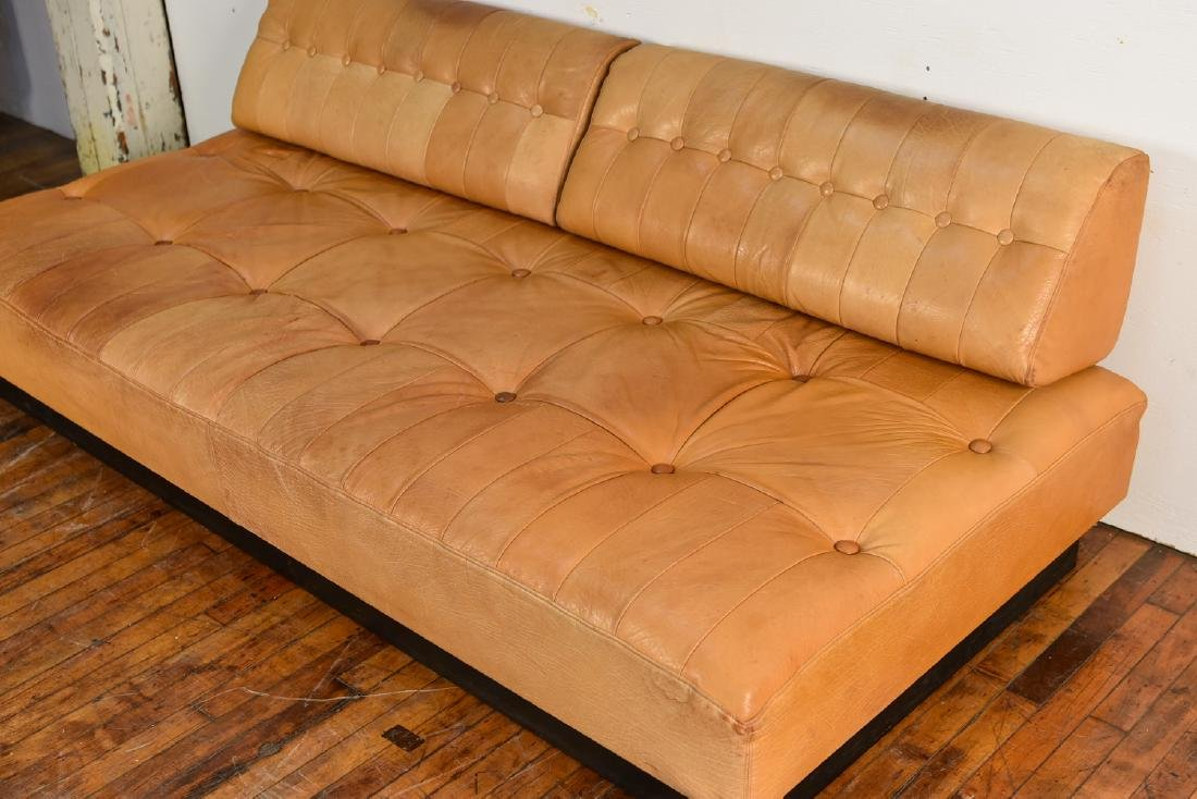 DE SEDE STYLE DANISH LEATHER SOFA / DAYBED - 4