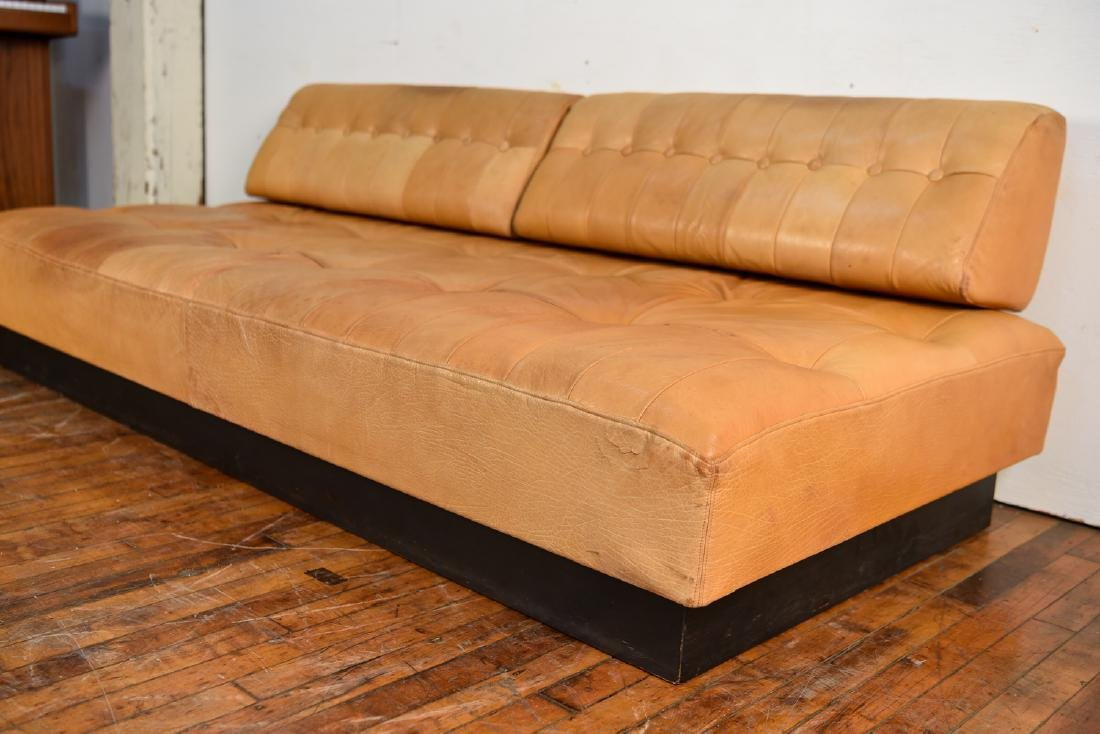 DE SEDE STYLE DANISH LEATHER SOFA / DAYBED - 5