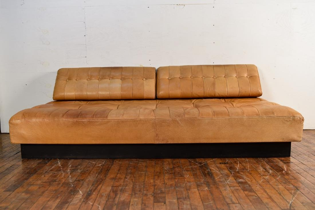 DE SEDE STYLE DANISH LEATHER SOFA / DAYBED - 9