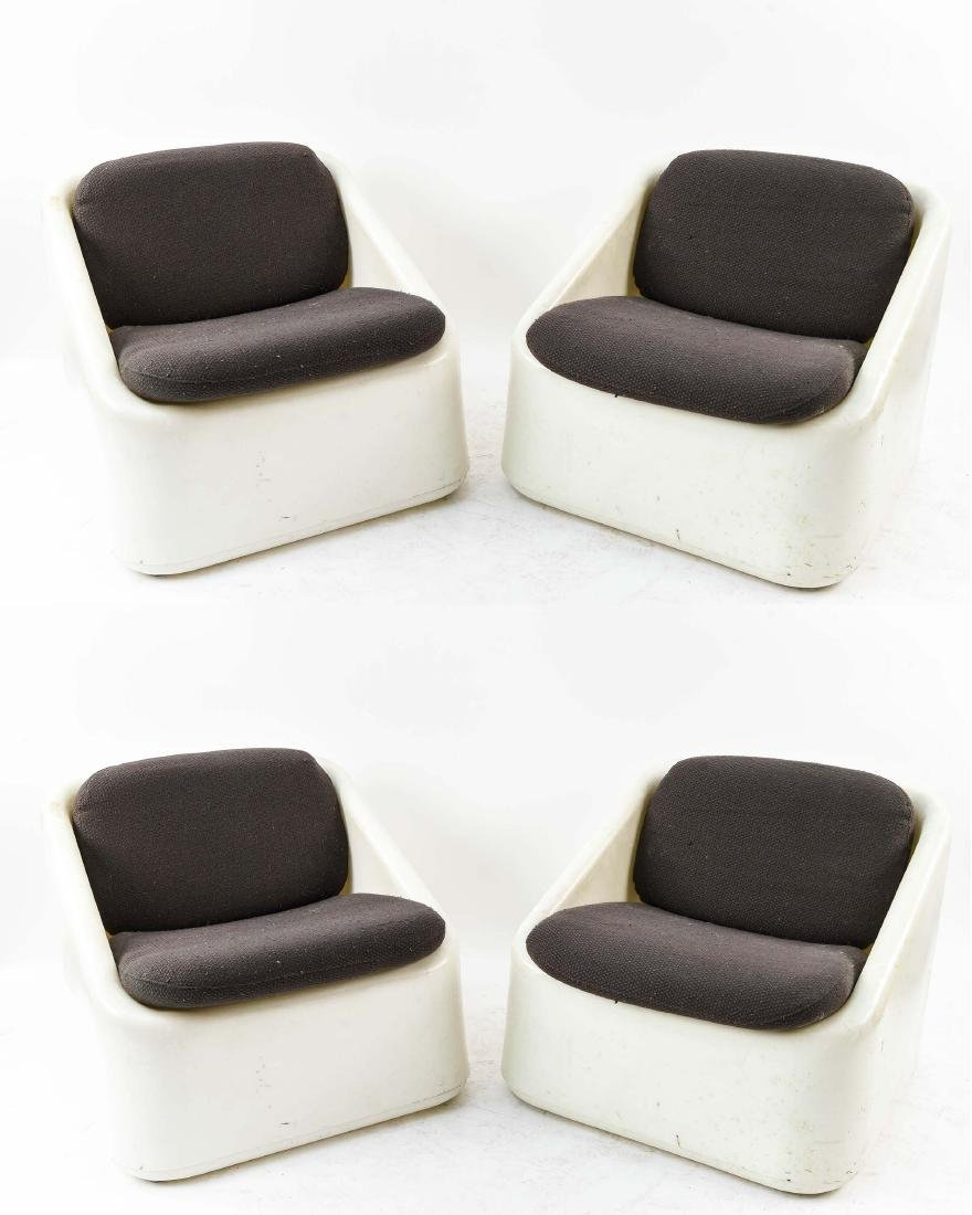 (4) INTERIORS INTERNATIONAL LIMITED PLASTIC CHAIRS