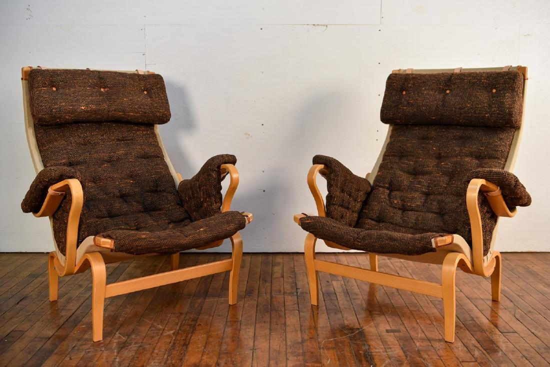 PAIR OF BRUNO MATHSSON PERNILLA DUX LOUNGE CHAIRS