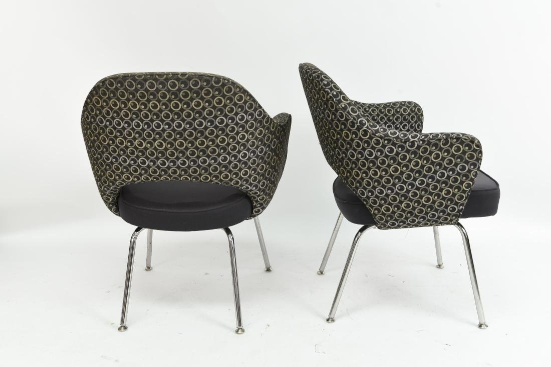PAIR OF SAARINEN EXECUTIVE ARM CHAIRS - 6