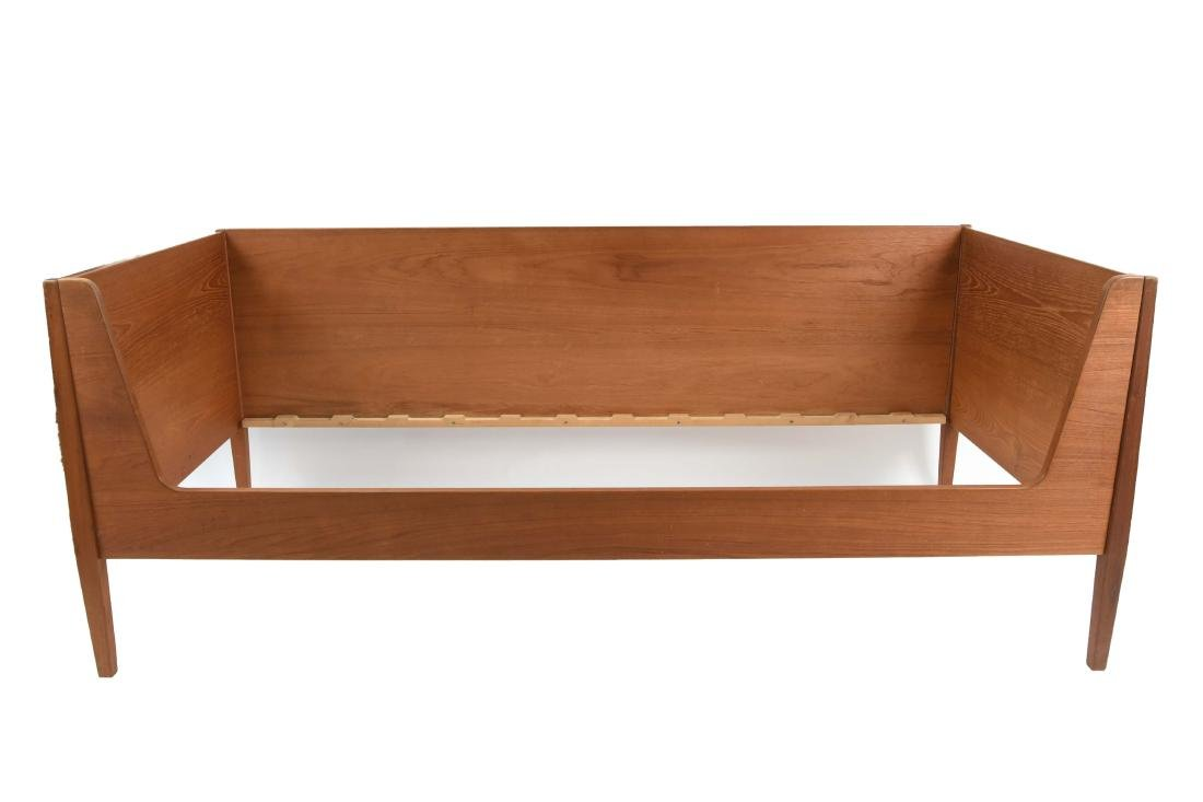 KAJ WINDING FOR HUNDEVAD TEAK DANISH DAYBED