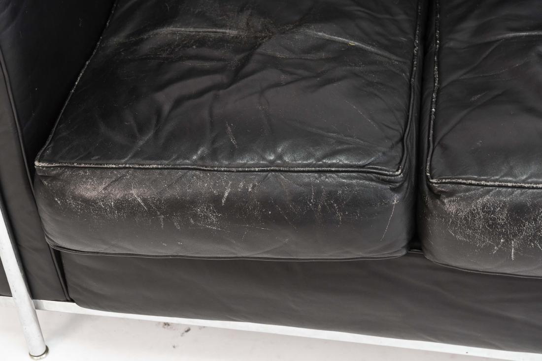 LE CORBUSIER LC2 3 SEAT STYLE SOFA - 2