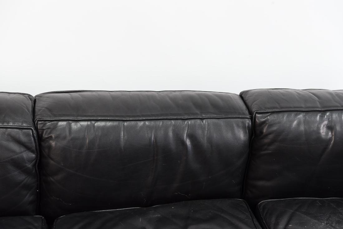 LE CORBUSIER LC2 3 SEAT STYLE SOFA - 4