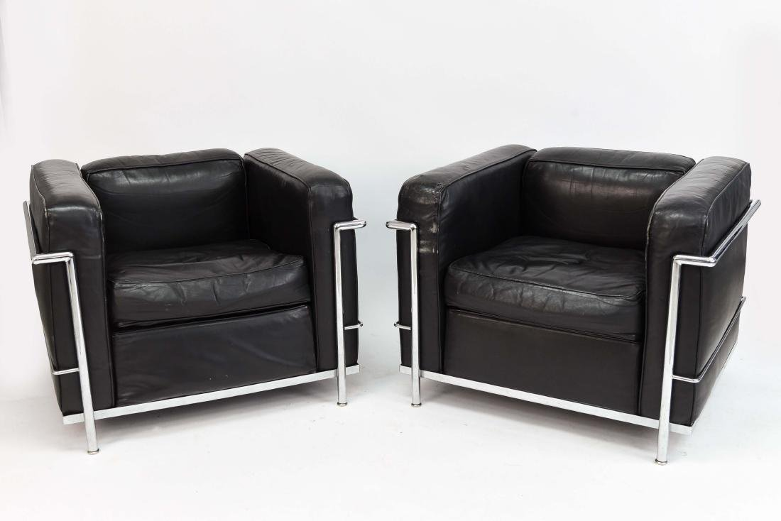 PAIR OF LE CORBUSIER LC2 STYLE CHAIRS