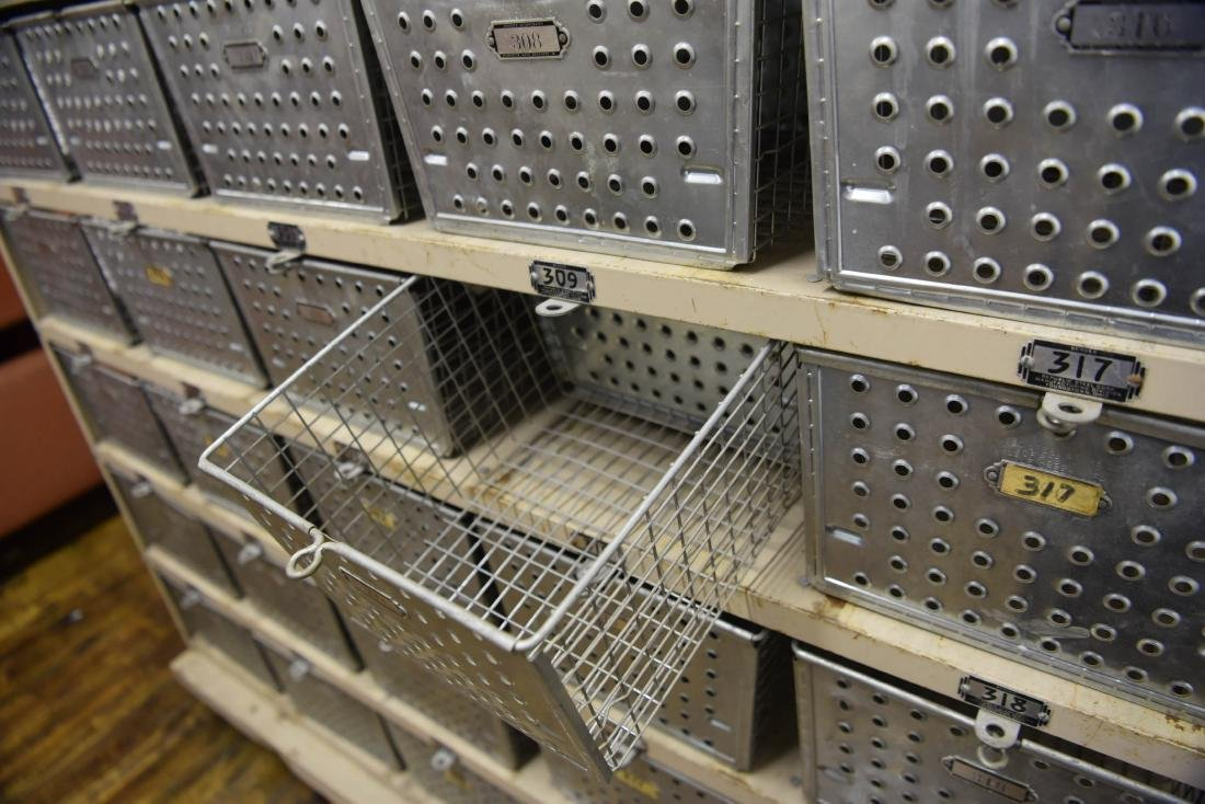INDUSTRIAL SHELVING WITH WIRE BASKETS - 7