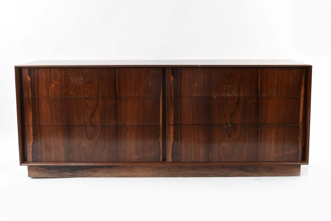 MID-CENTURY DANISH ROSEWOOD CHEST OF DRAWERS
