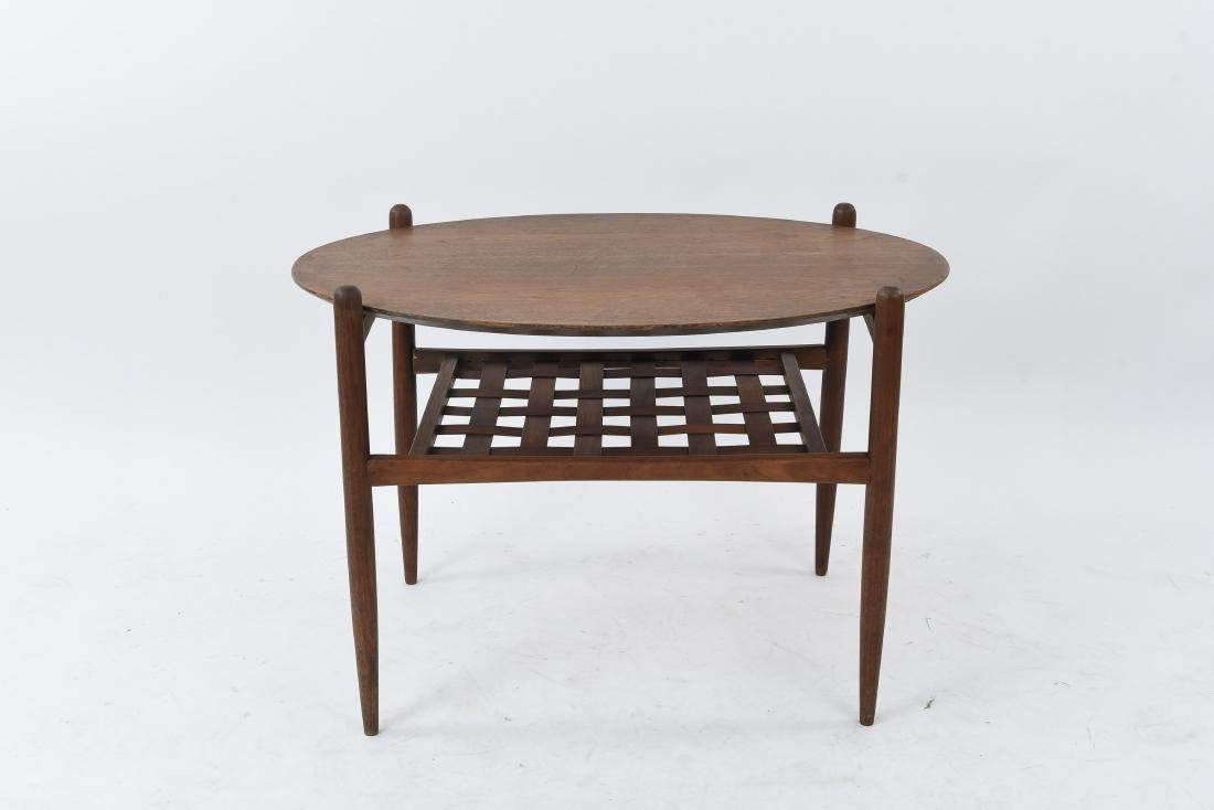 MID-CENTURY OVAL SIDE TABLE