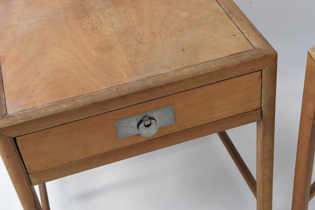 PAIR OF BAKER MID-CENTURY SIDE TABLES - 3