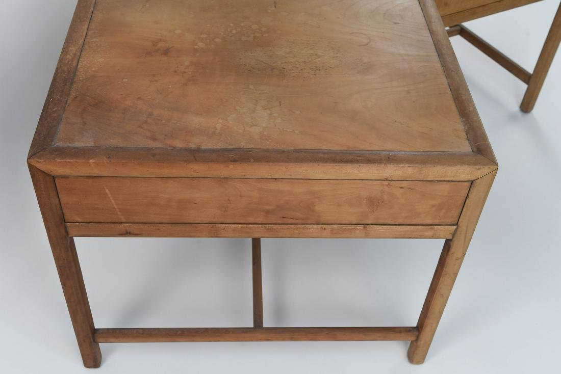 PAIR OF BAKER MID-CENTURY SIDE TABLES - 9