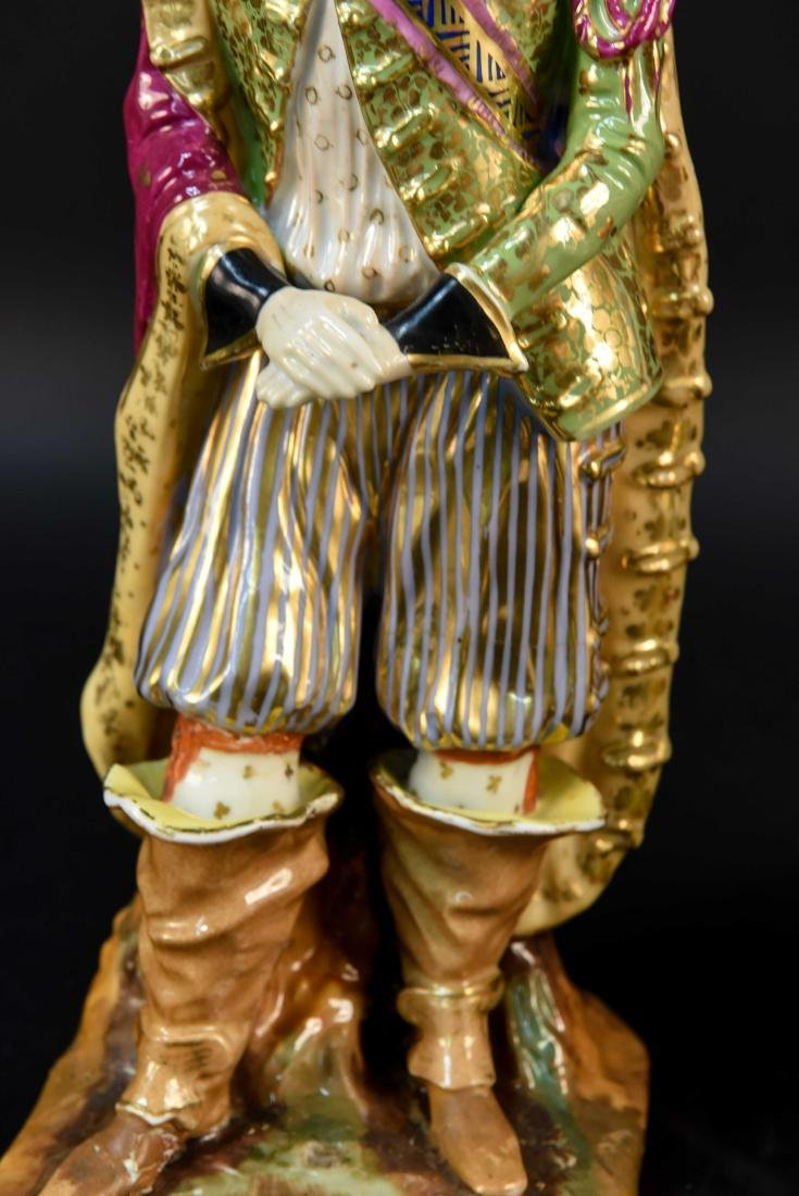 PAIR OF FRENCH OLD PARIS PORCELAIN FIGURES - 6