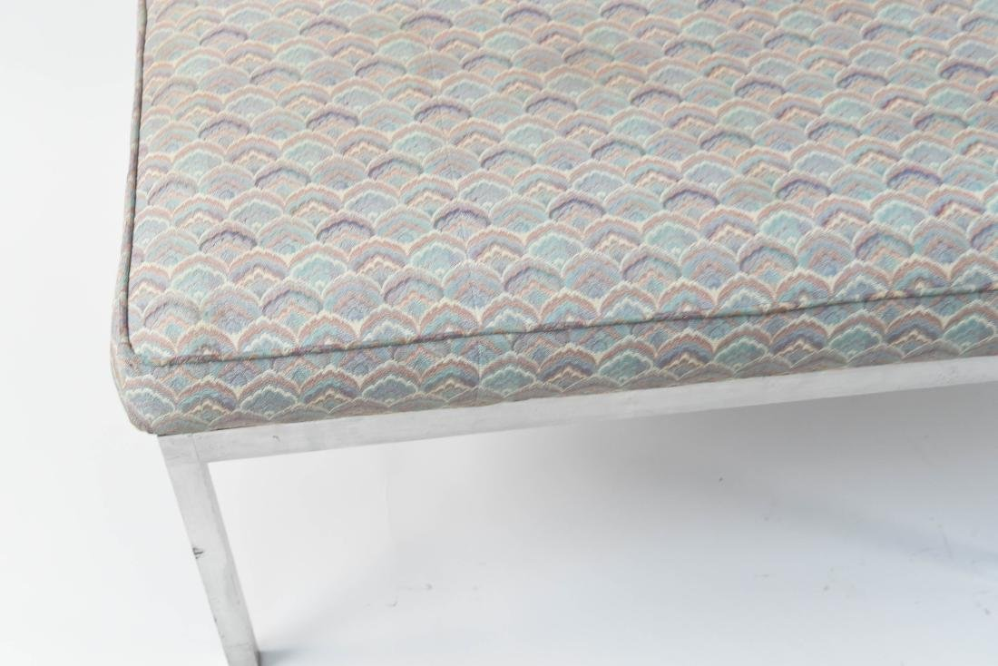 UPHOLSTERED MID-CENTURY BENCH - 4
