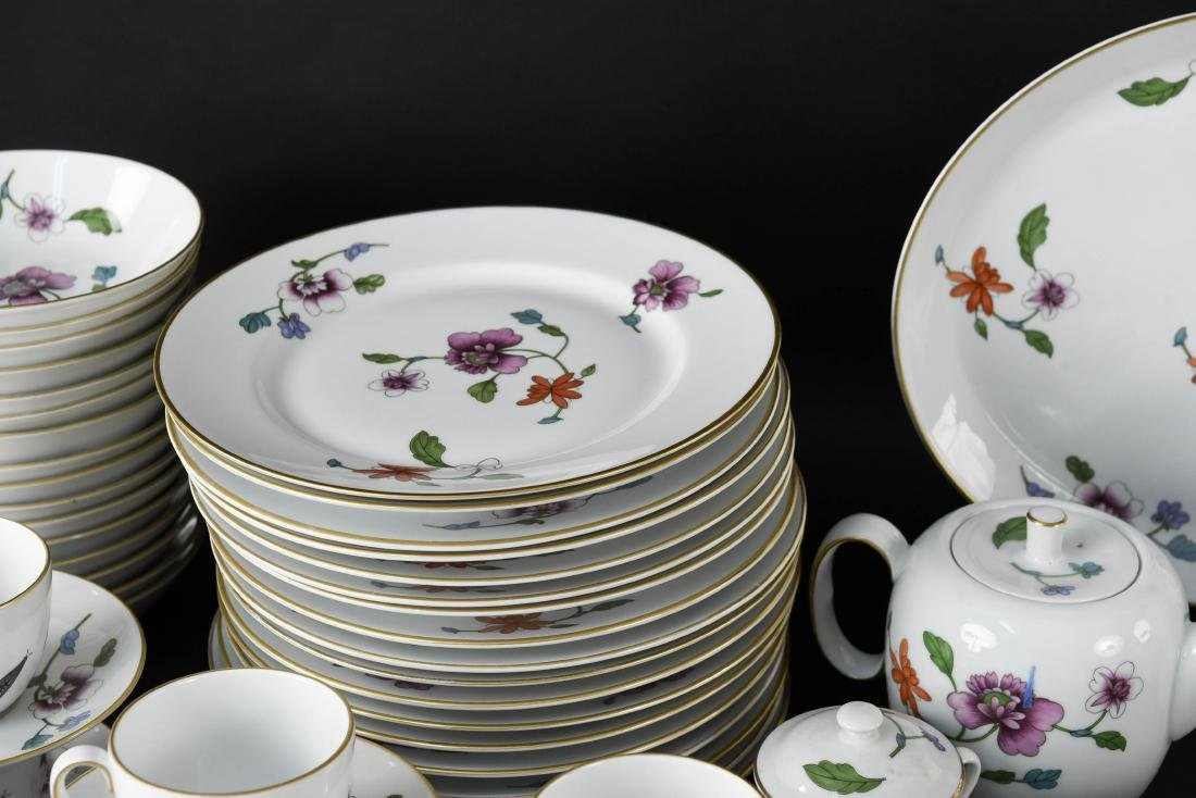 GROUPING OF ROYAL WORCESTER ASTLEY CHINA - 4