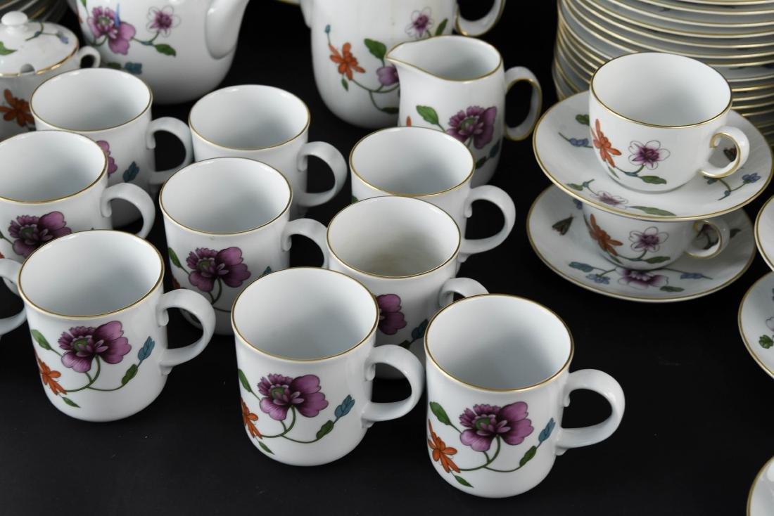 GROUPING OF ROYAL WORCESTER ASTLEY CHINA - 6