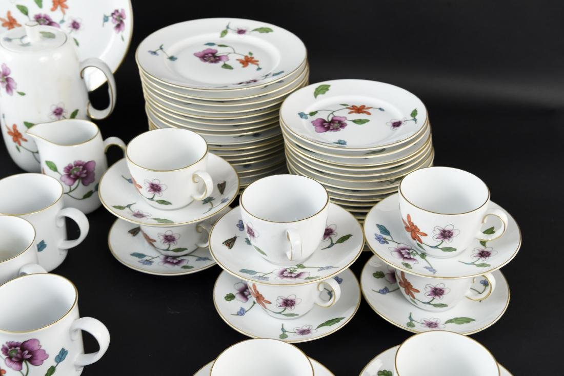 GROUPING OF ROYAL WORCESTER ASTLEY CHINA - 7