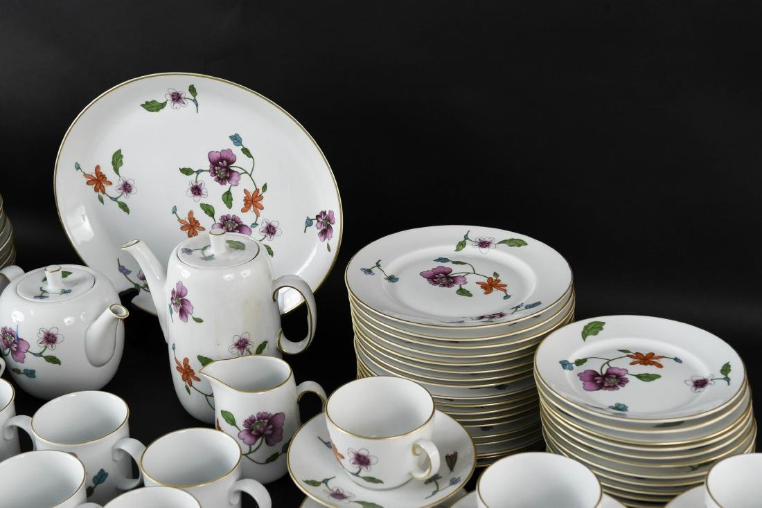 GROUPING OF ROYAL WORCESTER ASTLEY CHINA - 8