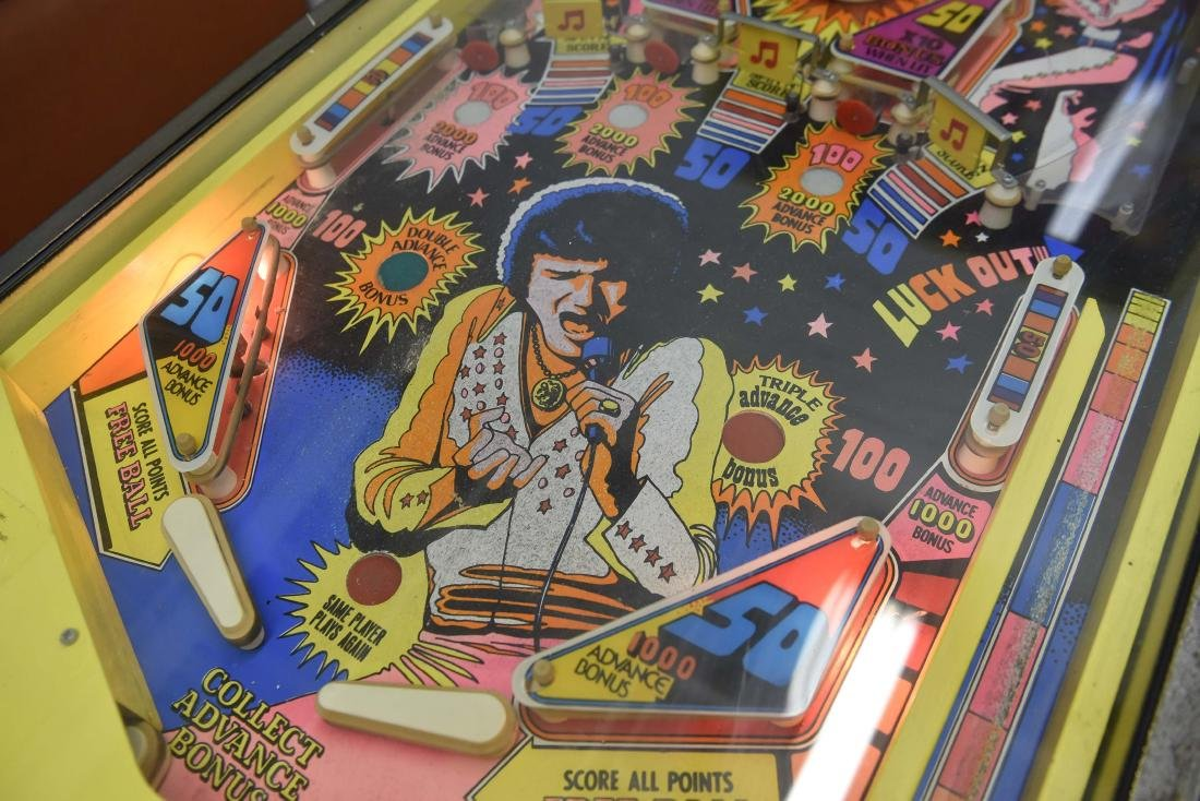 ELVIS PINBALL MACHINE - 4