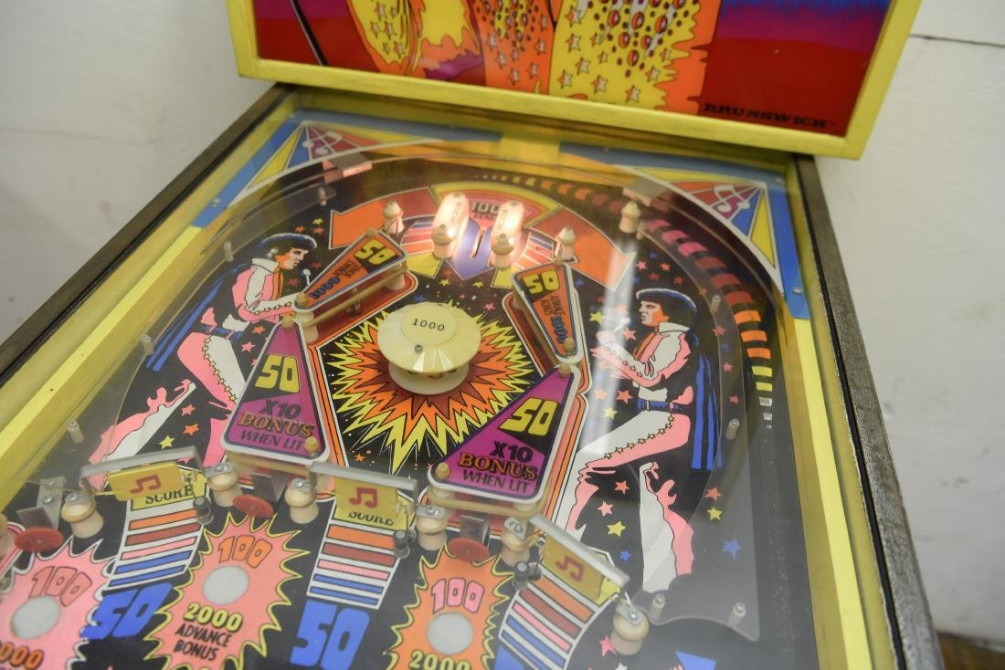 ELVIS PINBALL MACHINE - 5