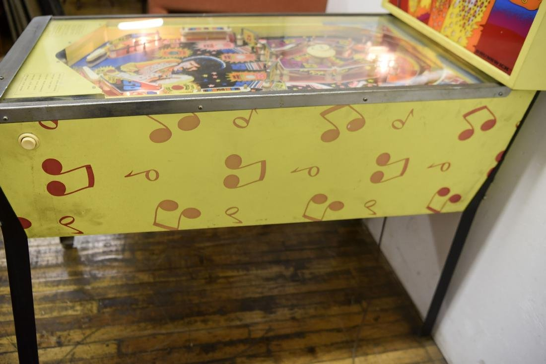 ELVIS PINBALL MACHINE - 7