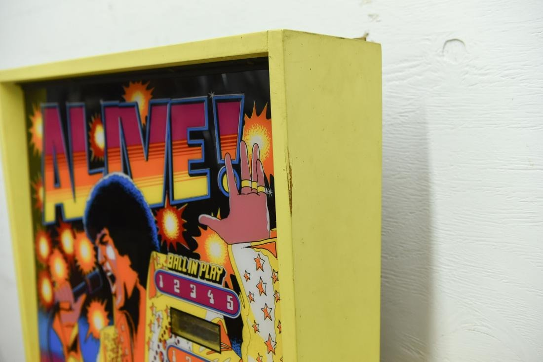 ELVIS PINBALL MACHINE - 9