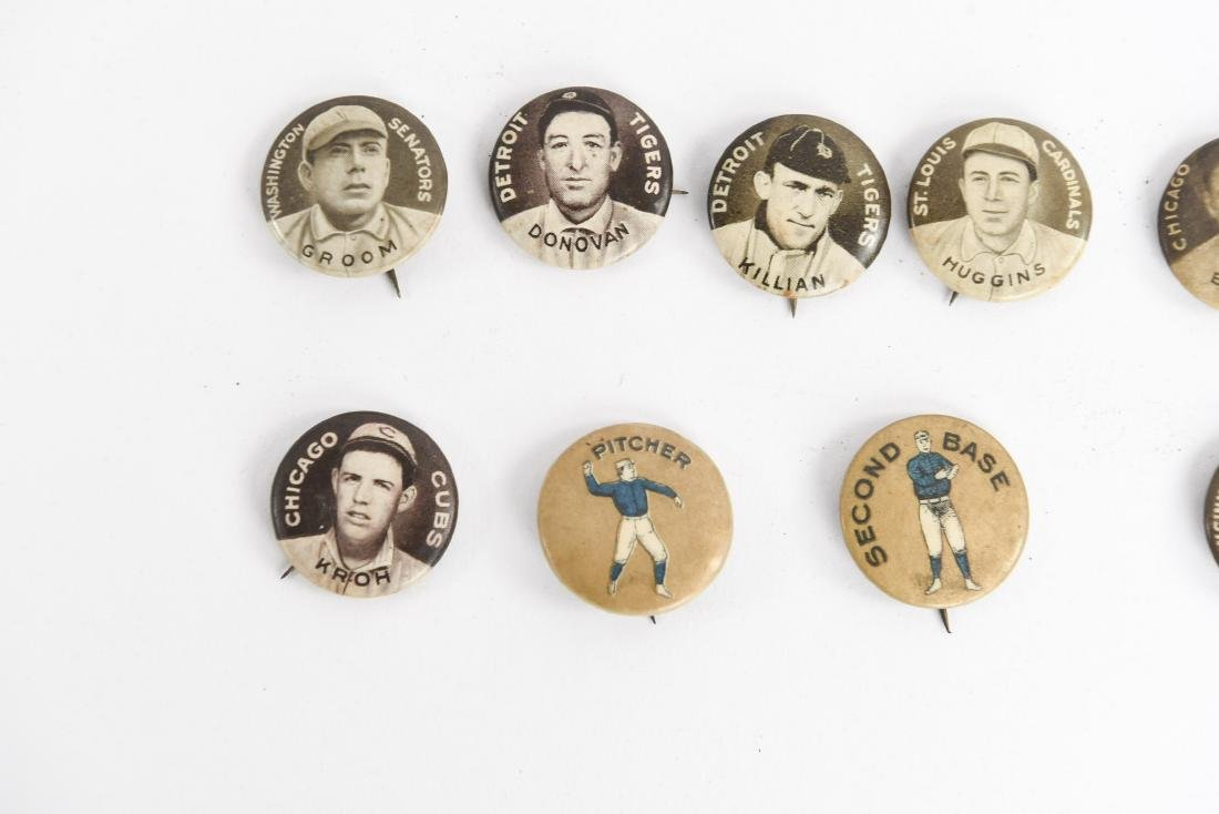 VINTAGE COLLECTABLE BASEBALL PIN BACK BUTTONS - 3