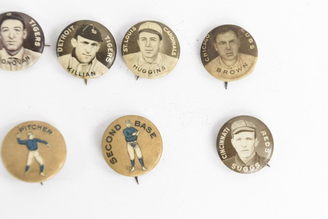 VINTAGE COLLECTABLE BASEBALL PIN BACK BUTTONS - 4