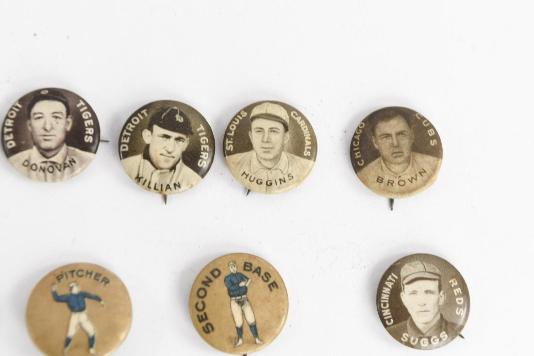 VINTAGE COLLECTABLE BASEBALL PIN BACK BUTTONS - 5