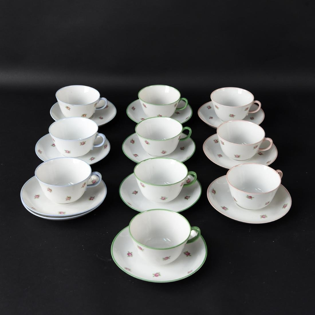 RICHARD GINORI PORCELAIN TEACHIPS & SAUCERS