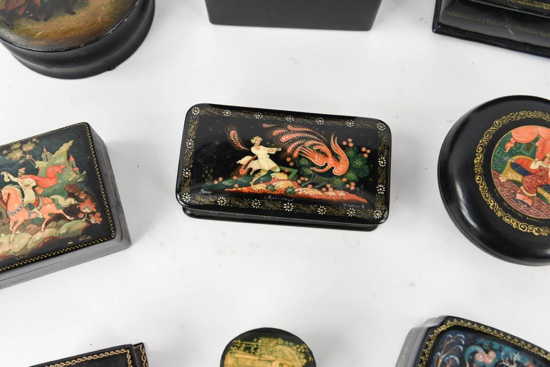 GROUPING OF RUSSIAN LACQUER BOXES - 4