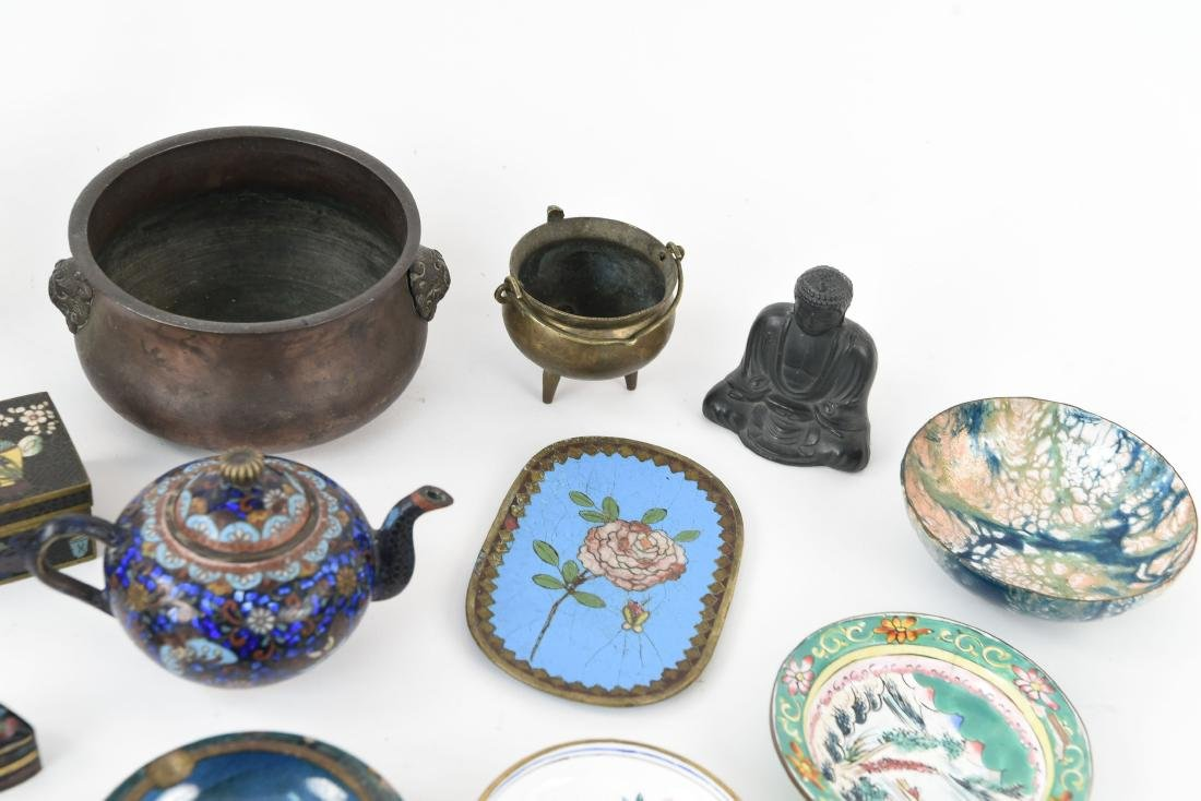 CHINESE & JAPANESE METALWARE GROUPING - 5