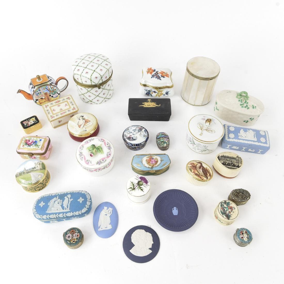 GROUPING OF PORCELAIN BOXES ETC.