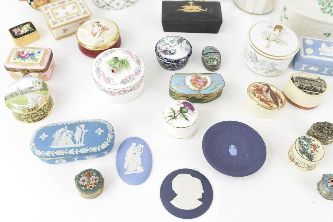 GROUPING OF PORCELAIN BOXES ETC. - 9
