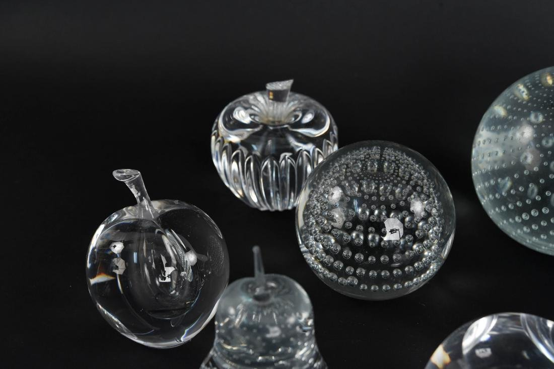 PAPERWEIGHT GROUPING (11) - 3