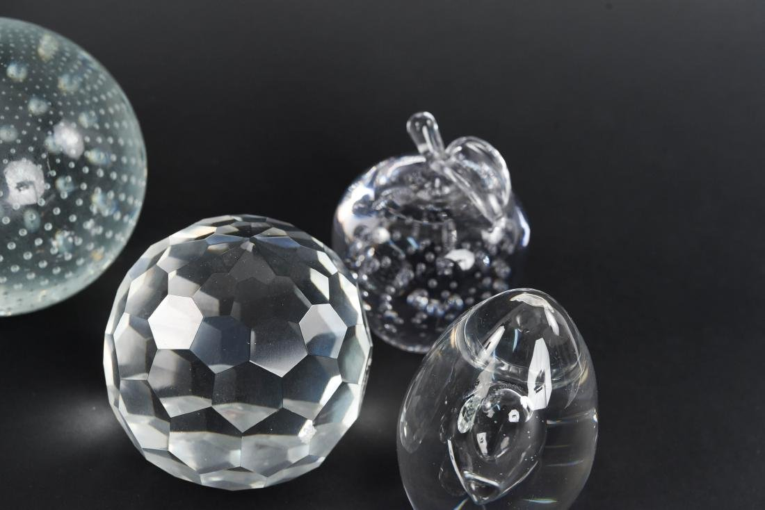 PAPERWEIGHT GROUPING (11) - 6