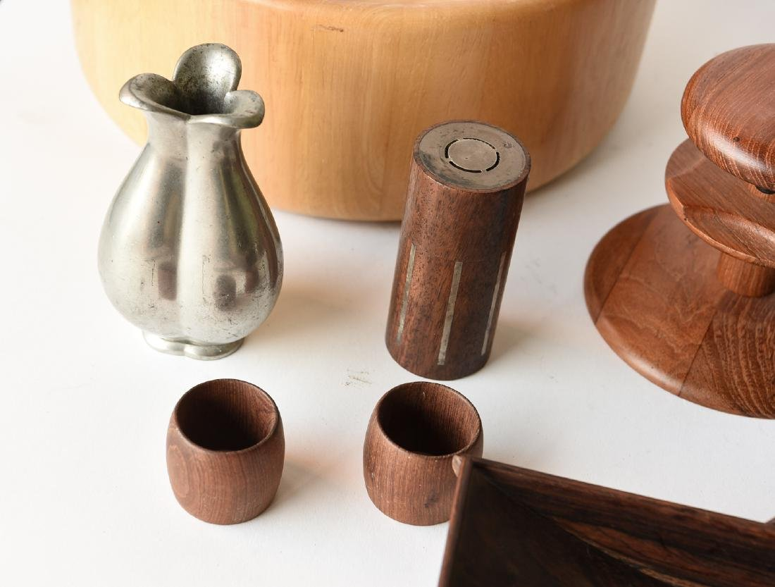 GROUPING OF MID CENTURY DANISH ACCESSORIES - 3