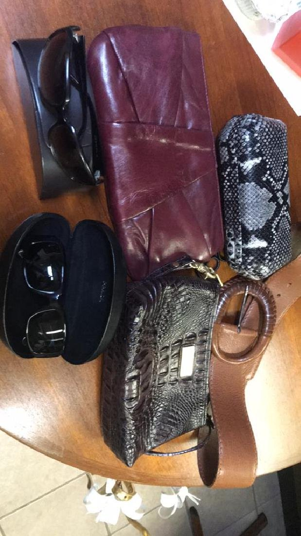 WOMEN'S ACCESSORIES GROUPING