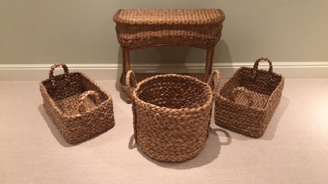 WICKER AND WOVEN BASKET ETC. GROUPING