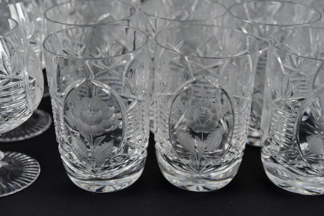 GROUPING OF CUT CRYSTAL GLASSES - 3