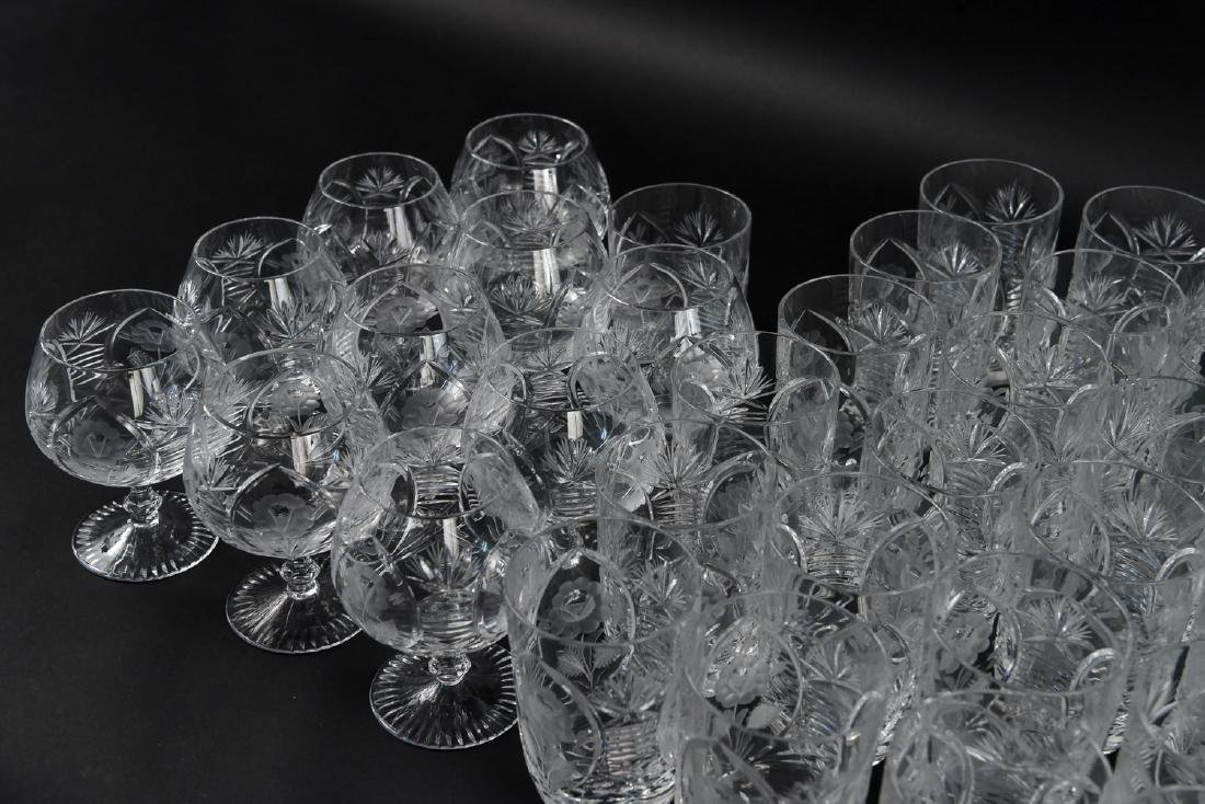 GROUPING OF CUT CRYSTAL GLASSES - 5