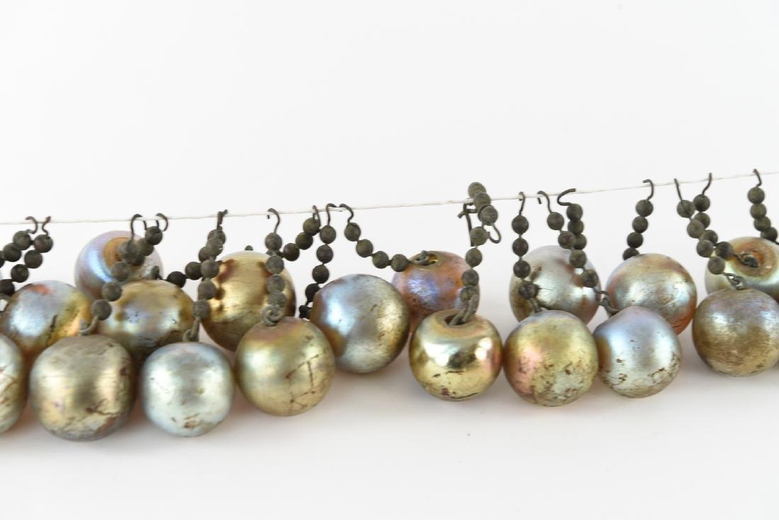 TIFFANY STUDIOS BEADED CHAIN FAVRILE GLASS BALLS - 4