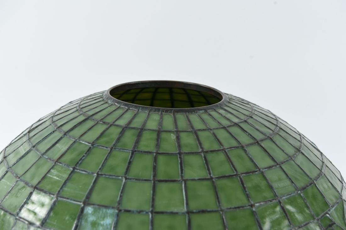 TIFFANY STUDIOS LEAF & VINE LEADED GLASS LAMPSHADE - 3