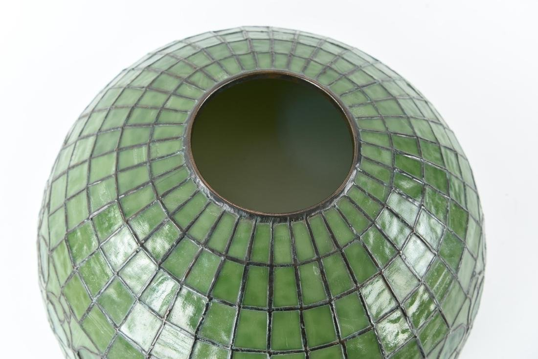 TIFFANY STUDIOS LEAF & VINE LEADED GLASS LAMPSHADE - 6
