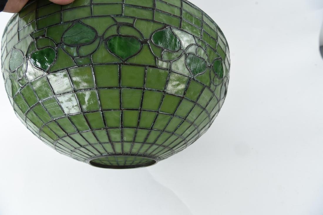 TIFFANY STUDIOS LEAF & VINE LEADED GLASS LAMPSHADE - 9